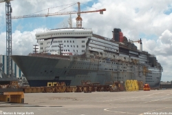 Queen Mary 2, Bj. 2003, GT 148.258 - 02.07.2003, St. Nazaire (Bauphase)